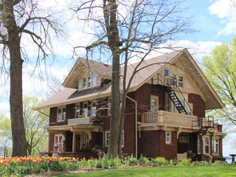 spring at mendota lake house